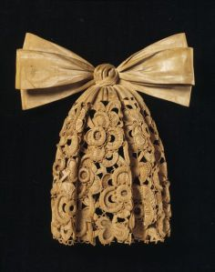 Grinling Gibbons carving [W.181:1-1928] © Victoria and Albert Museum, London