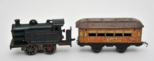 GNER engine and carriage [Toy.1.113]
