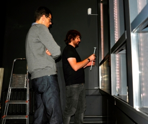 Robby & Wim working on the display cases