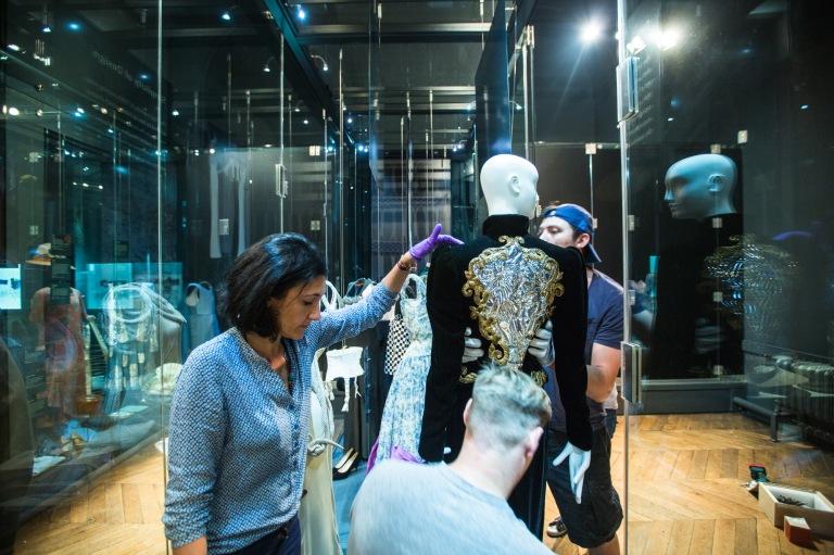 Haute couture 'broken mirror' being installed