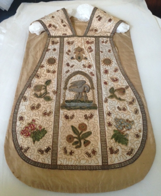Detail Chasuble.JPG