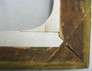 10 - Detail of fitted balsa wood
