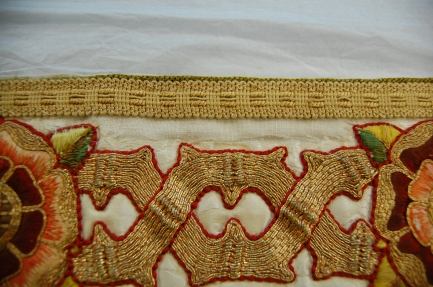 Superfrontal Damage to Silk Damask BT.JPG
